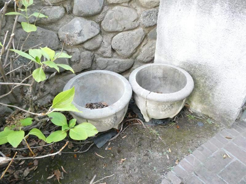 Lot # 478- 2 concrete style pots- Heavy (main image)