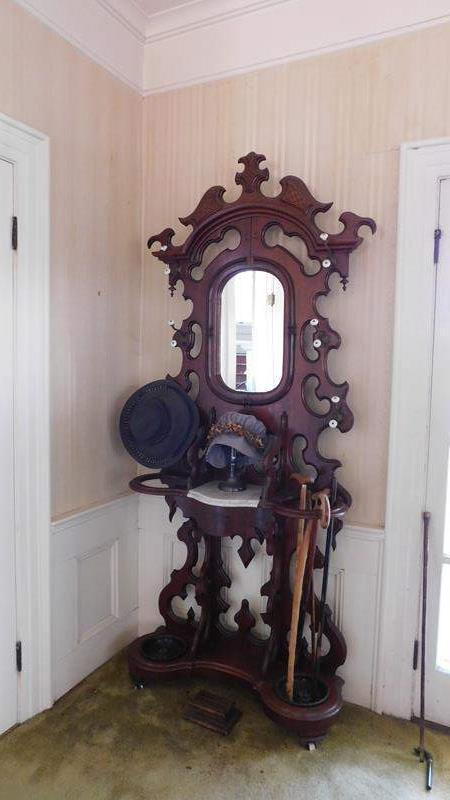 Lot # 1- Antique Victorian Hall Tree | Coat & Hat rack (main image)