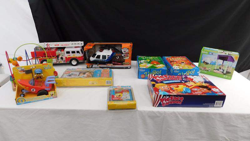 Lot # 61 - Lots of toys! Ages 3-8 (main image)