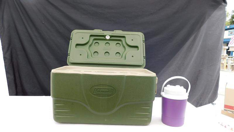 Lot # 73 - Coleman Igloo and drink cooler (main image)