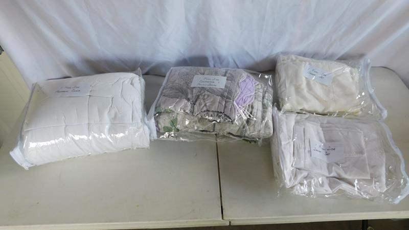 Lot # 89 - 1 full size bedding   Sheet set   Mattress cover   Comforter   Pillow sham (main image)
