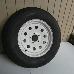 Auction Thumbnail for: Lot # 409-Spare trailer tire 205/75/15- 5 LUG
