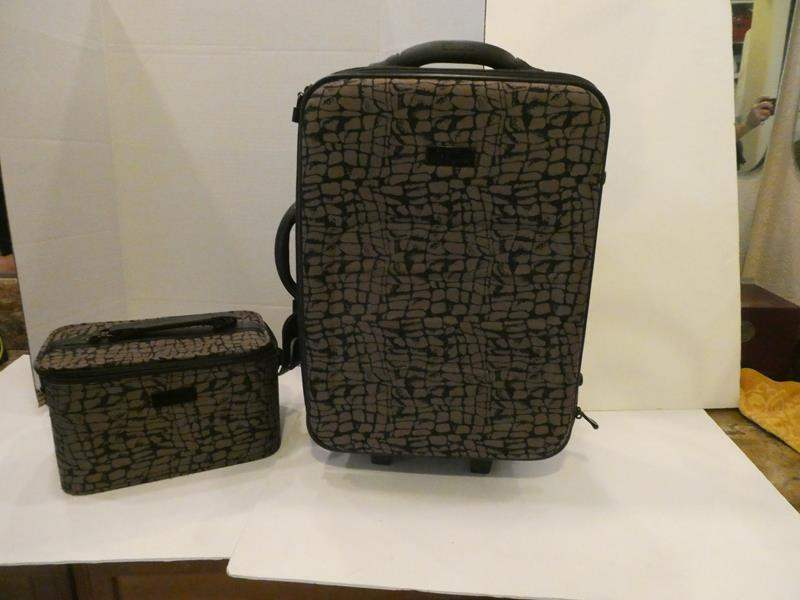 """Lot # 78- """"Misook"""" Carry on bag with matching toiletry bag (main image)"""
