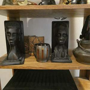 """Auction Thumbnail for: Lot # 99- Cool décor: """"Stangl Pottery""""- See all pictures! Bookends sets, cool pot and more! Two shelves full"""