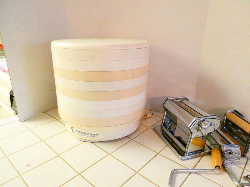 Lot # 56- Get Creative in the kitchen with the Atlas Pasta Factory Pasta maker and food dehydrator (main image)