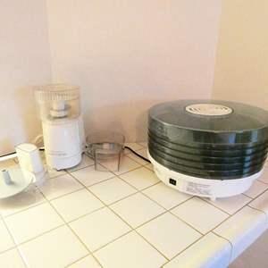 Lot # 57- Kenmore food processor & Deni food dehydrator
