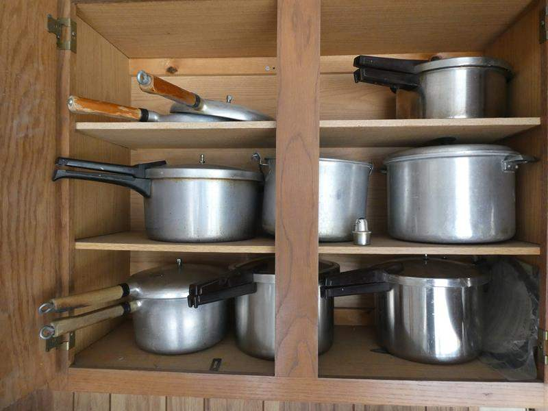 Lot # 214- Presure Cooker- Dream cupboard- 5 pressure cookers, canning pots (main image)