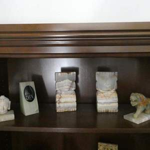 Lot # 22- Polished Onyx Book ends & soap stone 6 pieces.
