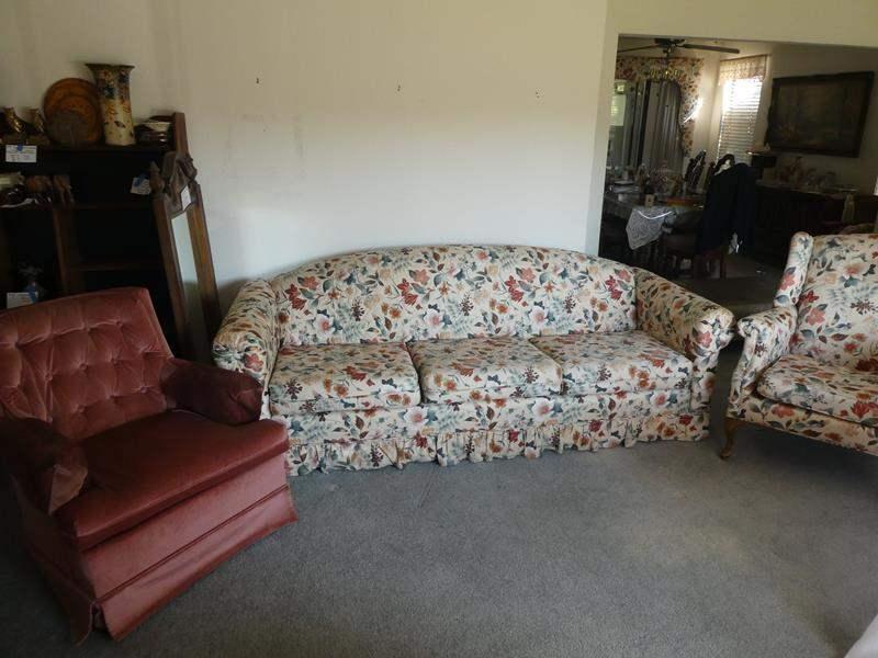 Lot # 10- Vintage/ mid-century, Living room furniture set (main image)