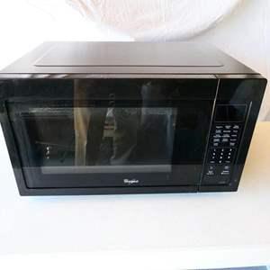 Lot # 178- Whirlpool 1600 Watt microwave oven