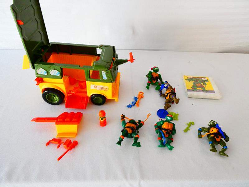 Lot # 27-Collectable Teenage Mutant Ninja Turtles/ Toy van/ action figurines and more (main image)