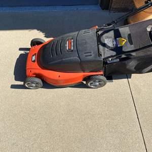 """Lot # 153-Black & Decker 19"""" electric Lawn Hog mulching mower"""