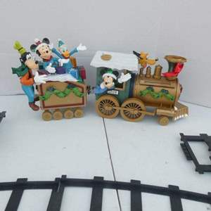 """Lot # 268-Vintage DISNEY!! """"Mickey and friends Around the Tree"""""""