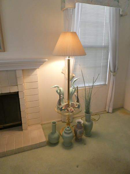 Lot # 3-Tall lamp/side table combo with vases and decor items from Hallmark! (main image)