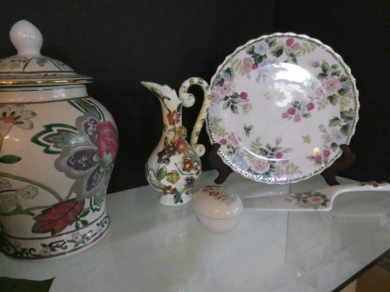 Lot # 17-Beautiful ceramics and more! (main image)
