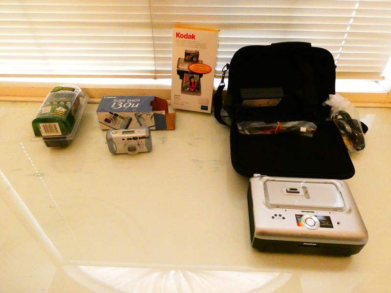 Lot # 221-Canon Sure Shot camera, Kodak picture printer (main image)