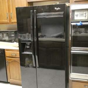 Lot # 227-Whirlpool side by side fridge. Water/ Ice dispenser