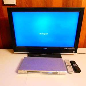 Lot # 304- Vizeo TV with DVD player (both work)