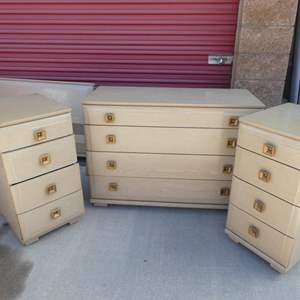 Auction Thumbnail for: Lot # 19-Mid-Century full bed set: with bed frame, 2 dressers, 2 nightstands