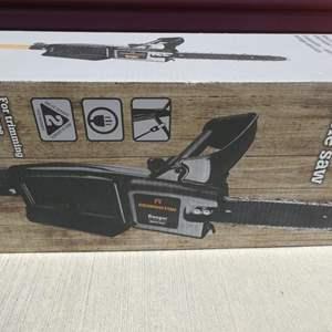 "Lot # 24-""Ranger"" Remington 8 amp pole saw (8ft.)"