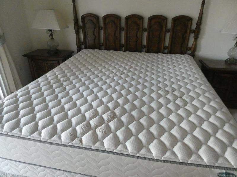 """Lot # 150- King size top mattress, """"Englander"""" Divine- great condition (main image)"""