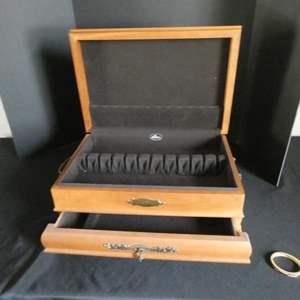 Auction Thumbnail for: Lot # 153-Vintage Wood silverware/ flatware case