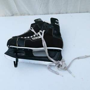 Auction Thumbnail for: Lot # 51-Men's Ice Skates Made in Canada!