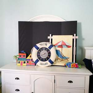 Lot #12- Colorful  beach home decorations