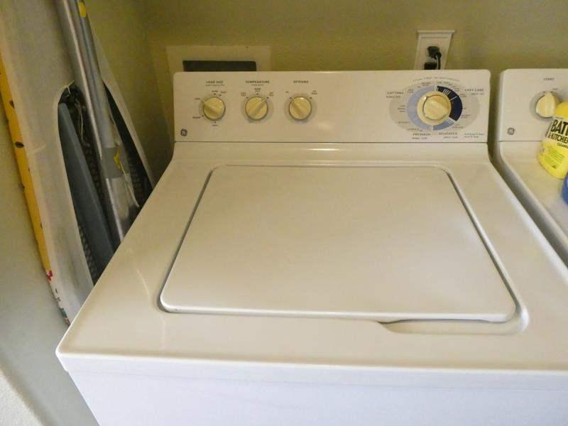 Lot # 153- GE washer (main image)