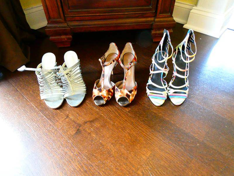 Lot # 55 -High End Women's Shoes! Sizes 7-7.5 one from Japan (main image)