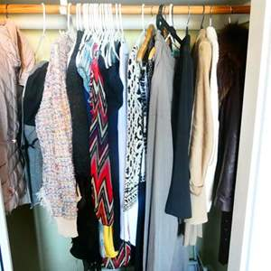 Lot # 62 -Name brand, high  End Women's clothing