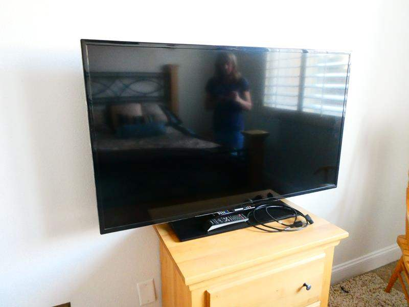 Lot # 65 -48 inch Samsung TV!  (main image)