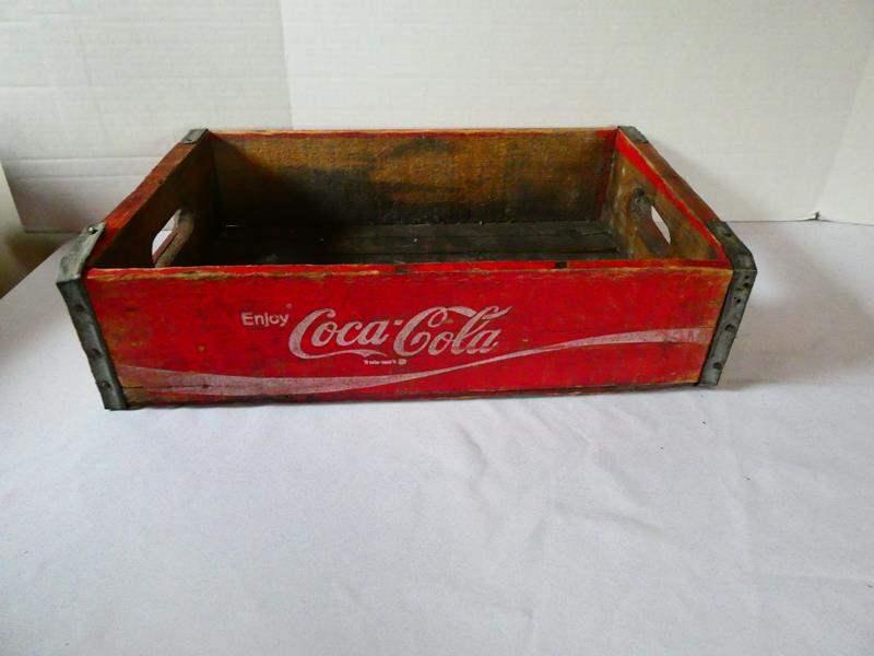 Lot # 131 Vintage Coca-Cola Wood Crate (main image)