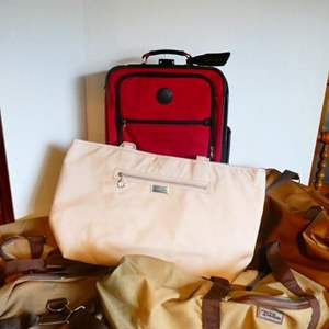 Auction Thumbnail for: Lot # 34- New Belle Russo duffle bag and assorted luggage