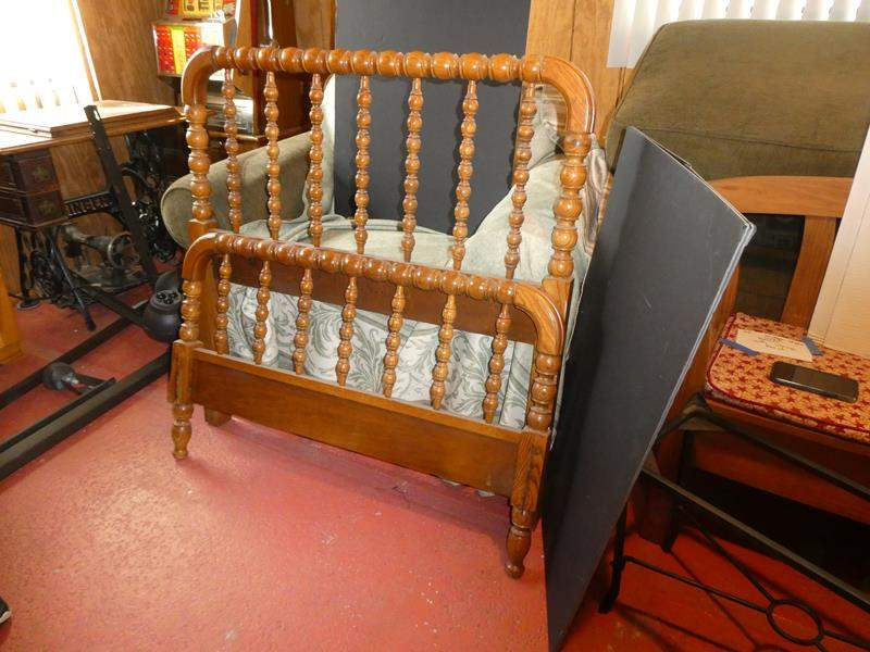 Lot # 40- Wood twin bedframe with rails (main image)