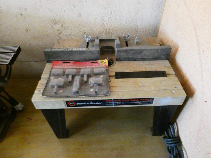 Lot # 159- Black and Decker router/ Jig saw table (main image)