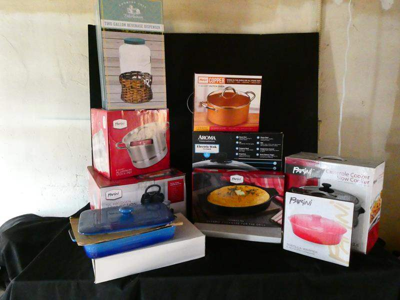 Lot # 179- 11 new in box kitchen items- look at all pictures (main image)