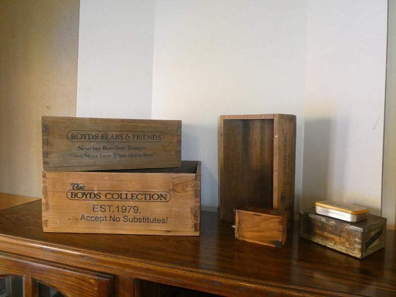 Lot # 62-Havana ribbon box , wooden boxes and more! (main image)