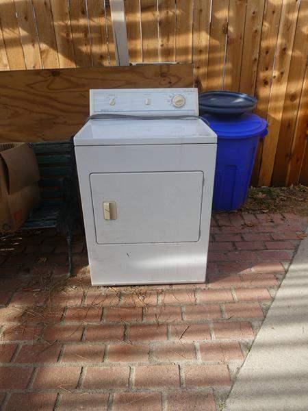 Lot # 86- Frigidaire Electric Dryer (main image)