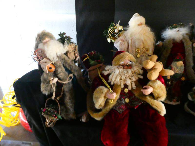 Lot # 196- Beautiful, great quality Santa figures- some very large (main image)