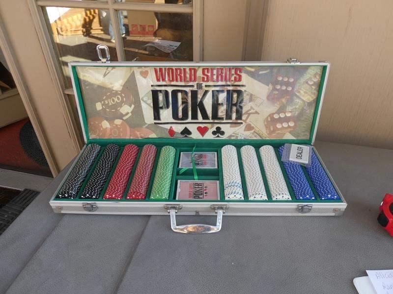 Lot # 97- World Series of Poker set (main image)