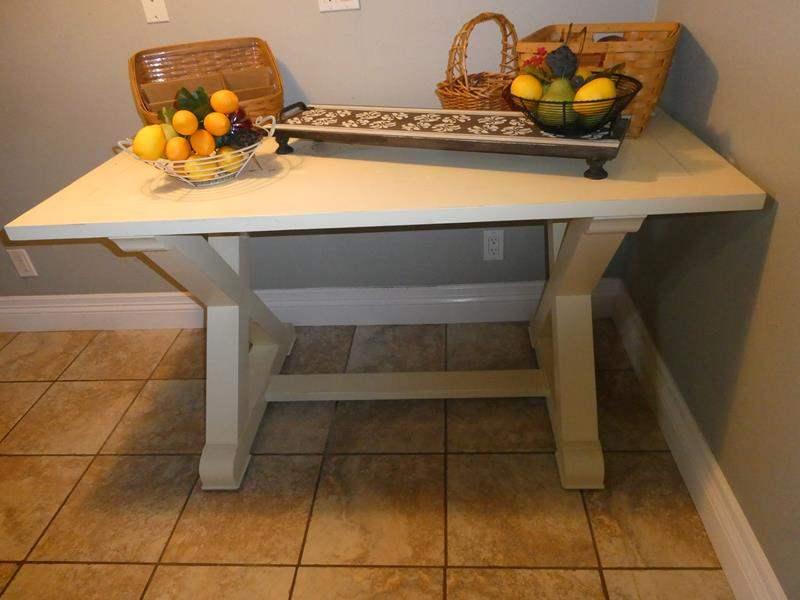 Lot # 78-Farmhouse Table with décor (main image)