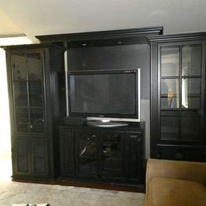 Lot # 54- 4 Piece Entertainment System with Extra Shelves