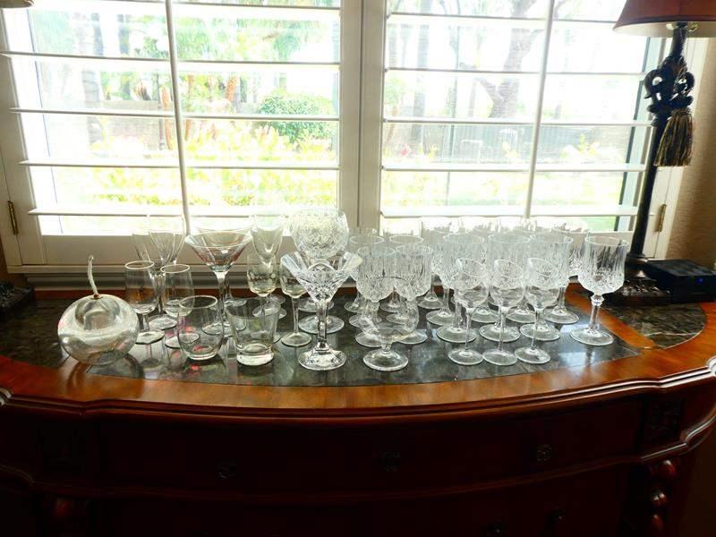 Lot # 37-Glassware! (main image)