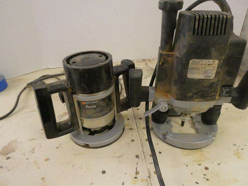 """Lot # 142- Black and Decker router + Freud 1/2"""" router (main image)"""