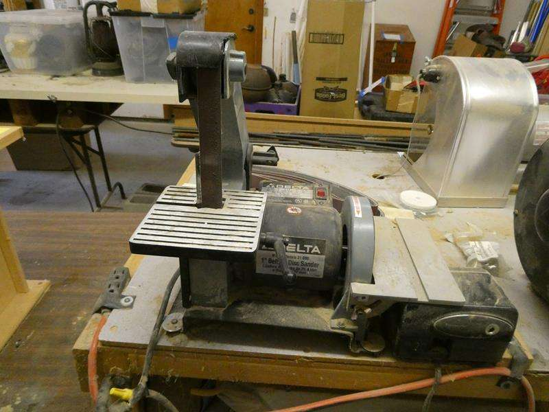 Lot # 148- Delta disc sander (main image)