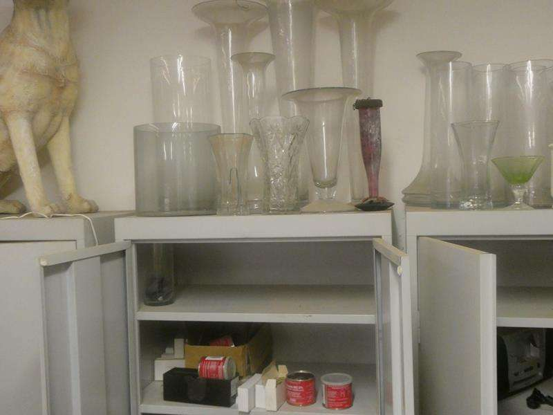 Lot # 170- Assorted vases (main image)