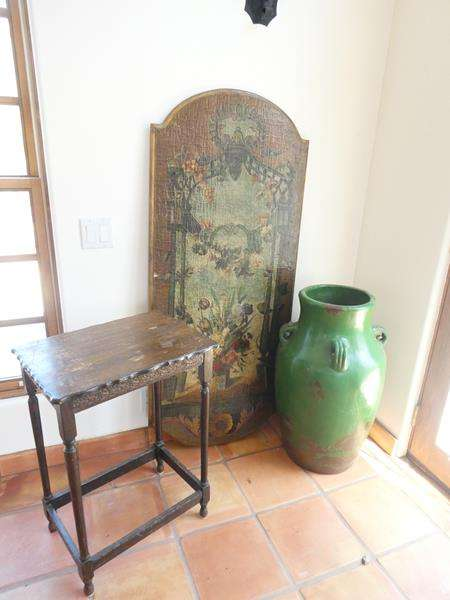 Lot # 10- Vintage Must Have's! Beautiful wall hanging, table, and large vase (main image)