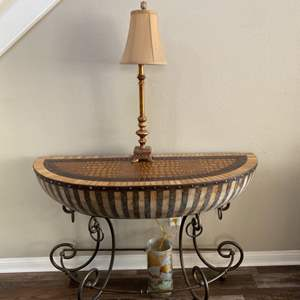 Lot # 1-African drum entry table with accent lamp