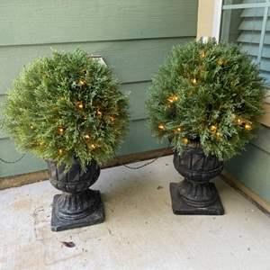 Lot # 8- Entry Accents with two outdoor pots
